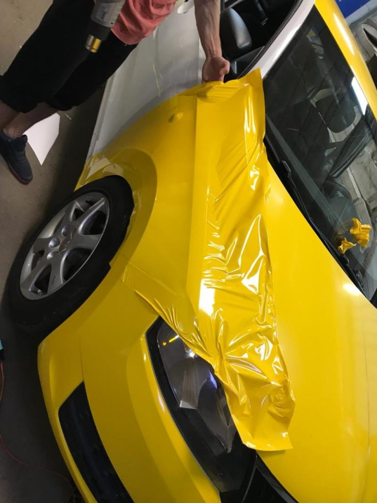 Оклейка кузова машины